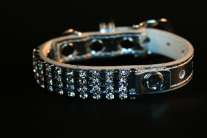 silver diamond dazzler collar